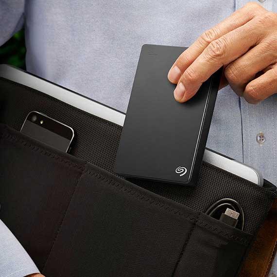 portable festplatte backup plus portable und externe. Black Bedroom Furniture Sets. Home Design Ideas